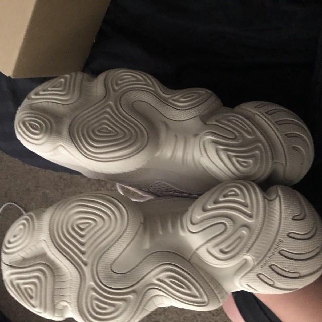 adidas(アディダス)の27cm 新品☆アディダス イージーブースト 500 ブラシュウ メンズの靴/シューズ(スニーカー)の商品写真