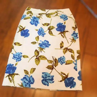 シーディーエスベーシック(C.D.S BASIC)の【送料無料】C.D.S BASIC 花柄スカート(ひざ丈スカート)
