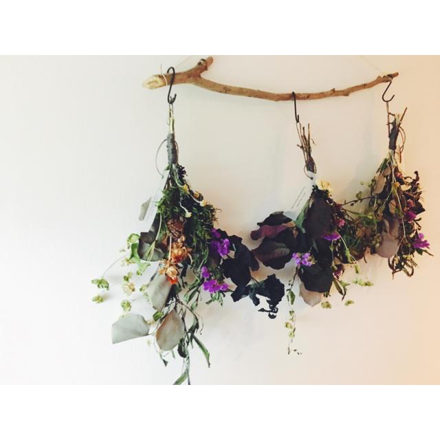 ユーカリ スモークツリー ワイヤープランツ オオデマリのスワッグ ハンドメイドのフラワー/ガーデン(ドライフラワー)の商品写真