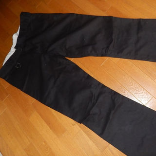 ロエン(Roen)のRoen jeans (ロエンジーンズ)ブーツカットチノパン・黒・34(チノパン)