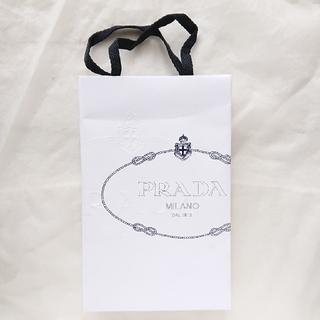 プラダ(PRADA)のショッパー☘️PRADA(ショップ袋)