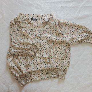 サンゴ(sango)の花柄 ブラウス(シャツ/ブラウス(半袖/袖なし))