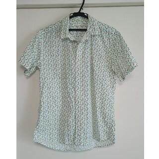 ジーユー(GU)の【GU】Mサイズ メンズシャツ(シャツ)