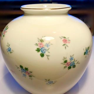 ノリタケ(Noritake)のノリタケの花瓶  (NITTOROYAL の「RC」マーク )(花瓶)