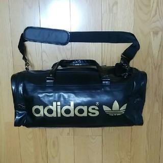 アディダス(adidas)の2,3回使用 adidas☆黒ボストンバッグ(訳あり)(ボストンバッグ)