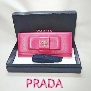 プラダ(PRADA)の✨美品✨かわいい❤️PRADA サフィアーノ リボン 折り財布 ピンク❤️(財布)