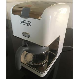 デロンギ(DeLonghi)のデロンギ コーヒーメーカー 白 ドリップコーヒー CM300J delonghi(コーヒーメーカー)