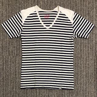 エイケイエム(AKM)のAKM  VネックボーダーTシャツ(Tシャツ/カットソー(半袖/袖なし))