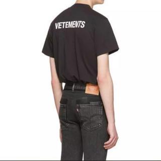 バレンシアガ(Balenciaga)のまっすー樣専用Vetements tシャツ mサイズ 黒 未使用(Tシャツ/カットソー(半袖/袖なし))