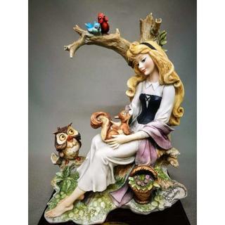 ディズニー(Disney)の希少限定品 ディズニー 眠れる森の美女 オーロラ姫 Florence社(陶芸)