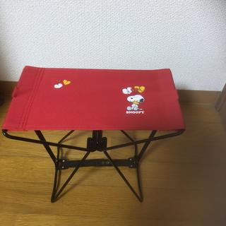スヌーピー(SNOOPY)の折りたたみの椅子(折り畳みイス)
