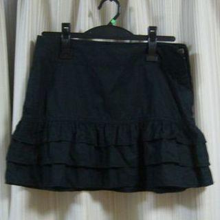 ローリーズファーム(LOWRYS FARM)のLOWRYS FARM ミニスカート フリル ブラック 美品(ミニスカート)