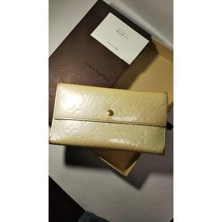 ルイヴィトン(LOUIS VUITTON)の★ルイヴィトンヴェルニ3折りインターナショナル1262★(財布)