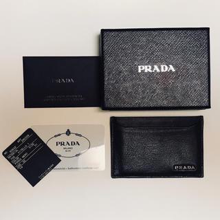 プラダ(PRADA)の新品未使用!PRADA プラダ カードケース 名刺入れ 定期入れ ブラック(名刺入れ/定期入れ)