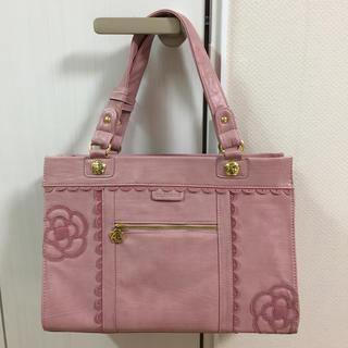 クレイサス(CLATHAS)のクレイサス☆ピンクの革のバッグ☆A4入ります^ ^(トートバッグ)