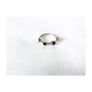 小粒ブラックストーンシルバーリング(リング(指輪))