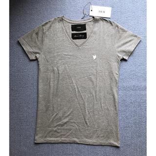 エイケイエム(AKM)の新品タグ有 AKM LUXE163 Vネック XL 1piu wjk junha(Tシャツ/カットソー(半袖/袖なし))