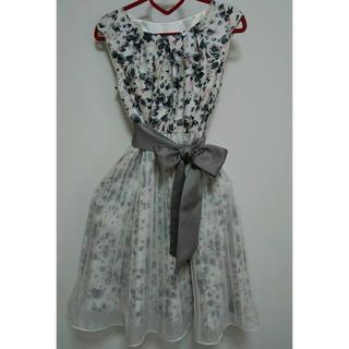 ドレス 結婚式 パーティ(ミディアムドレス)
