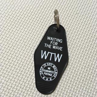 ダブルティー(WTW)の完売商品 wtw キーホルダー タグ(キーホルダー)