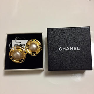シャネル(CHANEL)の美品 箱 タグ付き CHANEL シャネル ヴィンテージ イヤリング ココマーク(イヤリング)