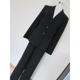 クリツィア(KRIZIA)のEVEX by KRIZIA クリツィア ストライプ・パンツスーツ 42・黒(スーツ)