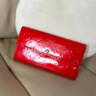 ルイヴィトン(LOUIS VUITTON)のルイヴィトン♡ヴェルニ ポルトフォイユ サラ♡長財布♡赤色 レッド(財布)