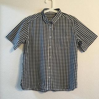 ジーユー(GU)の黒 ギンガムチェック 半袖シャツ(シャツ/ブラウス(半袖/袖なし))
