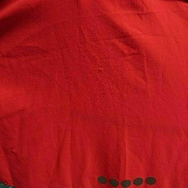 DIADORA(ディアドラ)の新品タグ付き【DIADORA】クロスフーデイジャケット スポーツ/アウトドアのランニング(ウェア)の商品写真