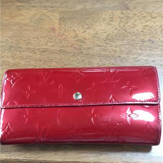 ルイヴィトン(LOUIS VUITTON)のルイ ヴィトン ヴェルニ 長財布 財布 サイフ レッド(財布)