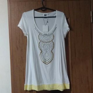 スライ(SLY)のタグ付(Tシャツ(半袖/袖なし))