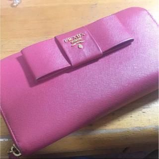 プラダ(PRADA)のプラダの長財布(財布)