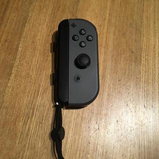 ニンテンドースイッチ(Nintendo Switch)のスイッチ ジョイコン 右(家庭用ゲーム本体)