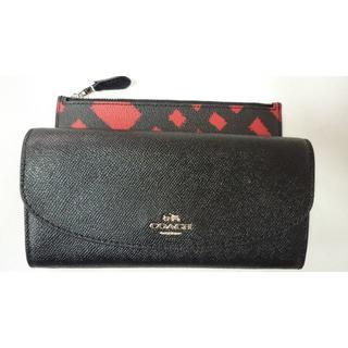 コーチ(COACH)のアメリカのコーチ店購入 クロスグレインレザー エンベロープ 二つ折財布(財布)