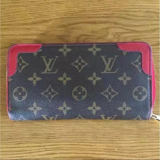 ルイヴィトン(LOUIS VUITTON)のLOUIS VUITTON ジッピーウォレット レッド 長財布(財布)