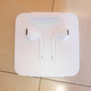 アップル(Apple)のiPhone7 イヤホン 純正品(ヘッドフォン/イヤフォン)