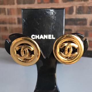 シャネル(CHANEL)の正規品 ヴィンテージ CHANEL 刻印有り シャネル  イヤリング ゴールド(イヤリング)