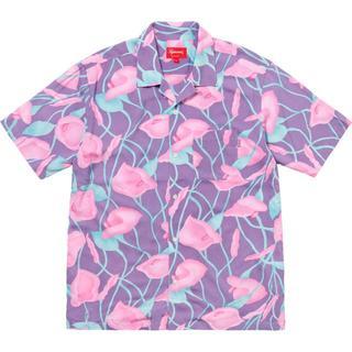シュプリーム(Supreme)の送料無料 Mサイズ Supreme Lily Rayon Shirt 紫(Tシャツ/カットソー(半袖/袖なし))