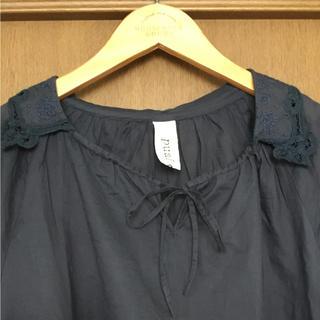 ピュアルセシン(pual ce cin)のpual ce cin♥襟刺繍バテンレースブラウス(シャツ/ブラウス(半袖/袖なし))