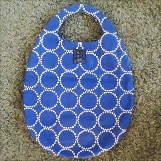 ミナペルホネン(mina perhonen)のミナペルホネン 「タンバリン」 エッグバッグ ブルー(ハンドバッグ)