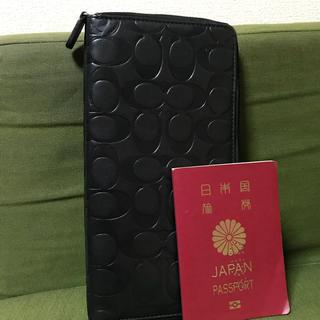 コーチ(COACH)のコーチ レザートラベルウォレット ブラック 大きい財布 COACH(長財布)