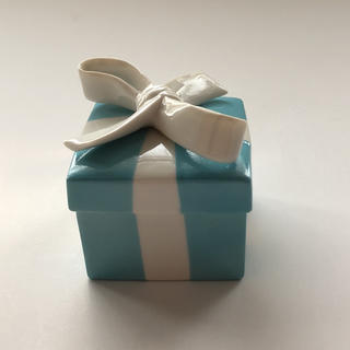 Tiffany & Co. - 新品 未使用 ティファニー ミニブルーボウ ボックス  ボーンチャイナ
