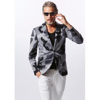 エイケイエム(AKM)のAKM 美品 定価102600 カモフラ ニット ジャケット 迷彩(テーラードジャケット)