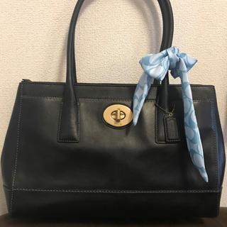 綺麗 COACH 約6万円 大型グローブレザーバッグ