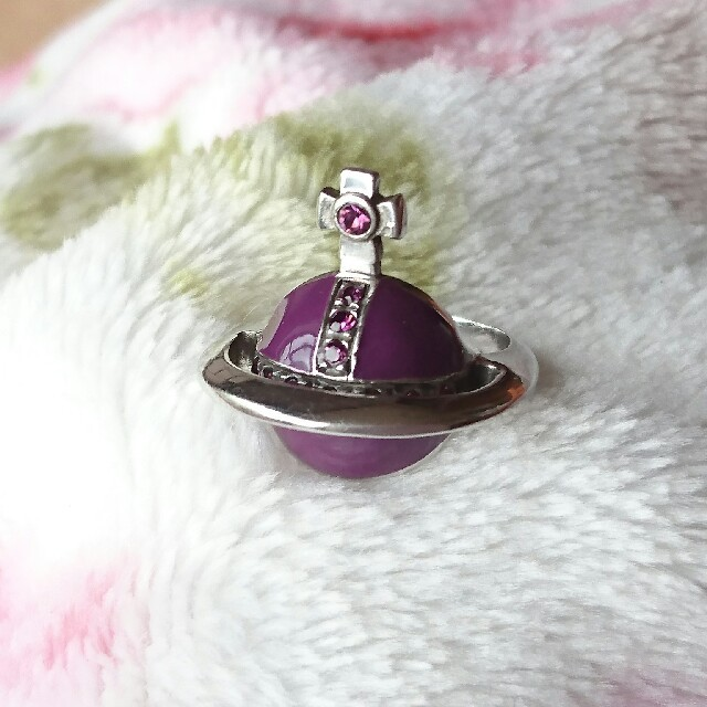 Vivienne Westwood(ヴィヴィアンウエストウッド)のお値下げ☆Vivienne 立体オーブリング 8号 レディースのアクセサリー(リング(指輪))の商品写真