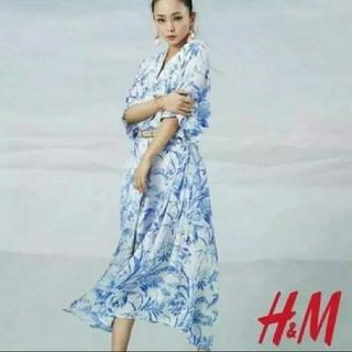 エイチアンドエム(H&M)の安室奈美恵H&Mコラボワンピース 即完売(ロングワンピース/マキシワンピース)