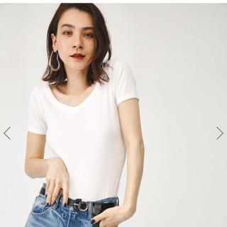 スライ(SLY)の今季♡SLY  Vネックトップス(Tシャツ(半袖/袖なし))