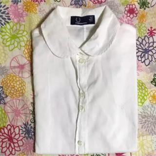フレッドペリー(FRED PERRY)のFRED PERRY☻白シャツ(シャツ/ブラウス(半袖/袖なし))