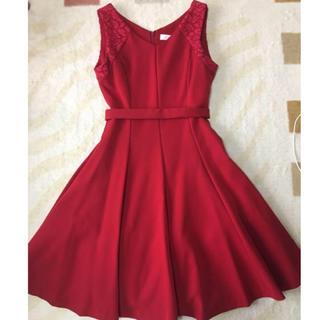 アンドクチュール(And Couture)のアンドクチュール フォーマルドレス 赤(ミディアムドレス)