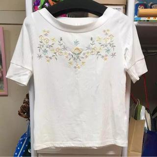 ミスティウーマン(mysty woman)のミスティウーマン 花柄Tシャツ(Tシャツ(半袖/袖なし))