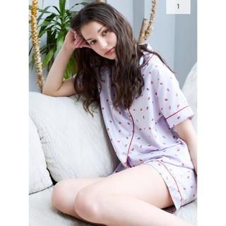 GU - GU gu ジーユー パジャマ 半袖 ショートパンツ サテン イチゴ 苺  完売